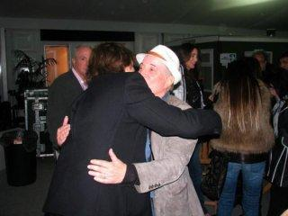 Paul Mc Cartney congratulates Paul . Hard Rock Calling 15 July 2012. Thanks to LBM for the photo