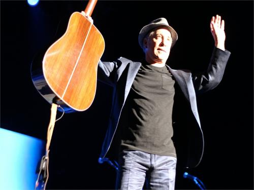10072_paul-simon-at-ziggodome-amsterdam-picture-taken-by-my-friend-susi.jpg