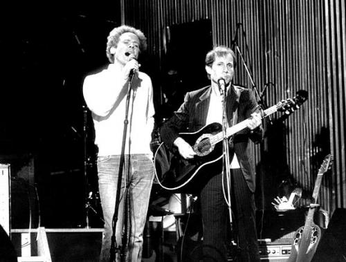 To Marieno :Simon & Garfunkel Central park show reahearsal, September 18th. 1981 !!! Nostalgie ....