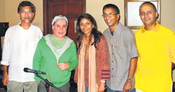 Paul Simon during his winter vacation in Sri Lanka 2006/07, with the band he was jamming with