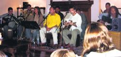 Private concert for Paul Simons family in Sri Lanka