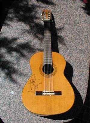 My guitar signed by<br> Paul in Montreux